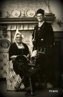 Jensy og Henry i Hollandske nationaldragter